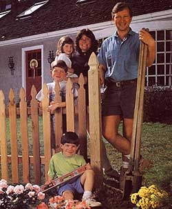 Wood Fences - How to Build a Fence